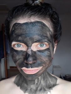 Activated charcoal and bentonite face mask